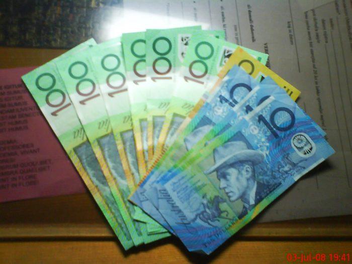 avstralski dolarji AUD