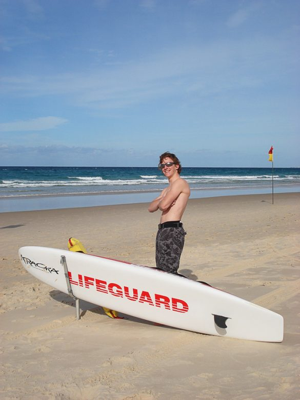 lifeguard Surfers Paradise