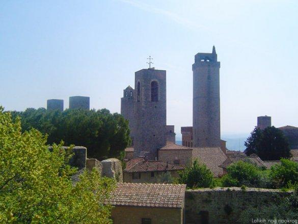 stolpi v kraju San gimignano
