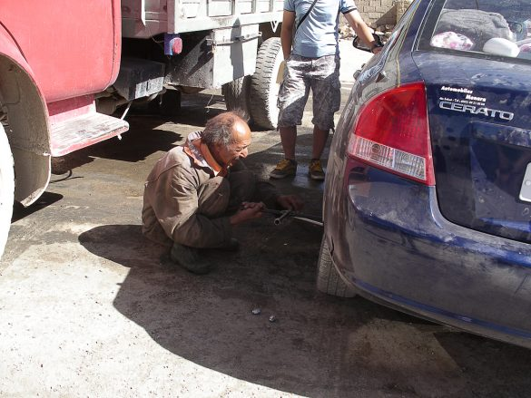 popravilo avtomobila v Maroku