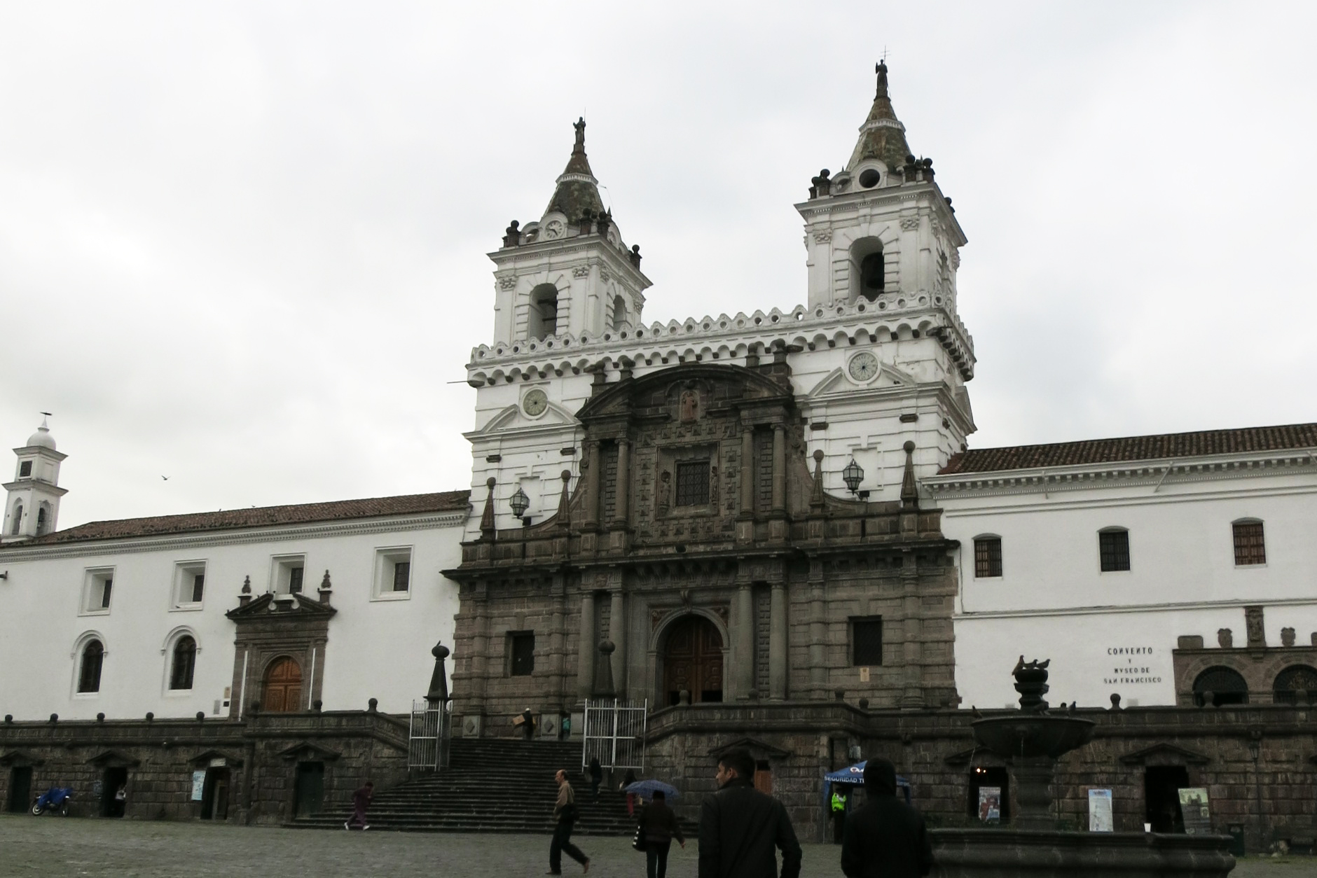 Iglesia San Francisco, Quito
