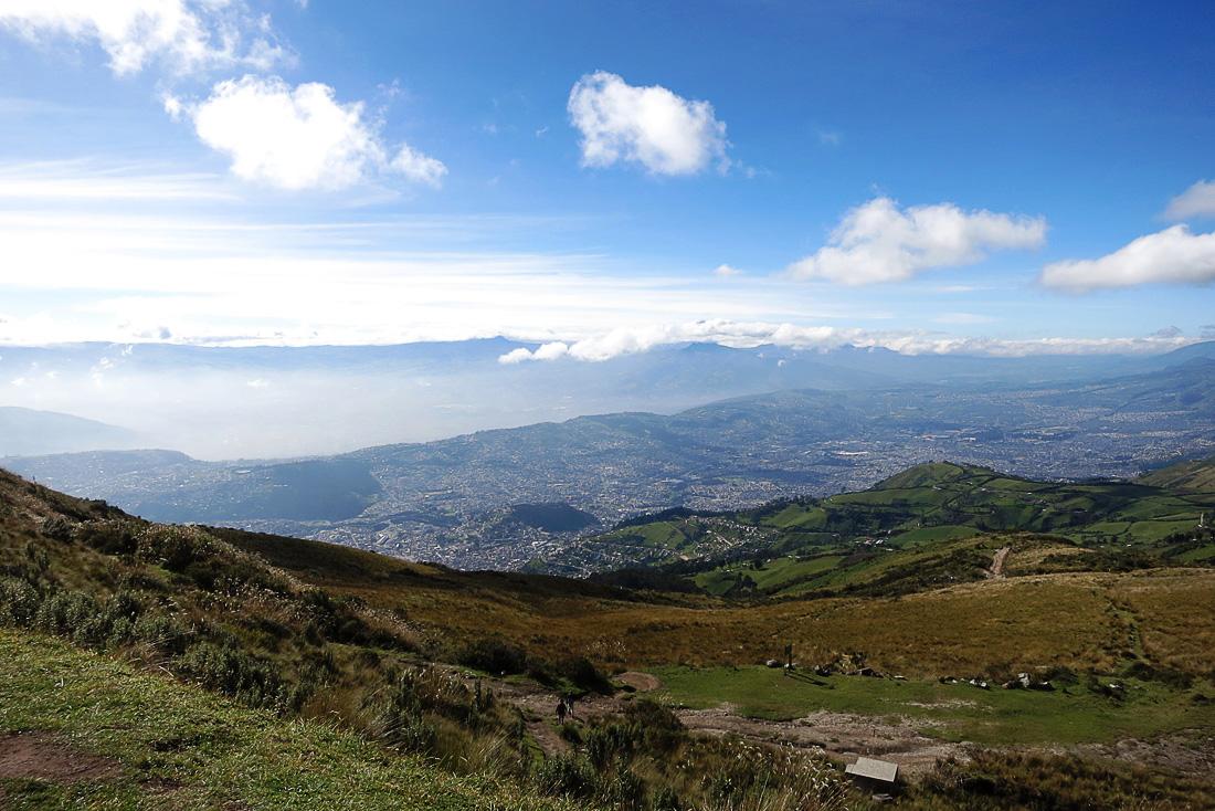 pogled na Quito s teleferico gondole