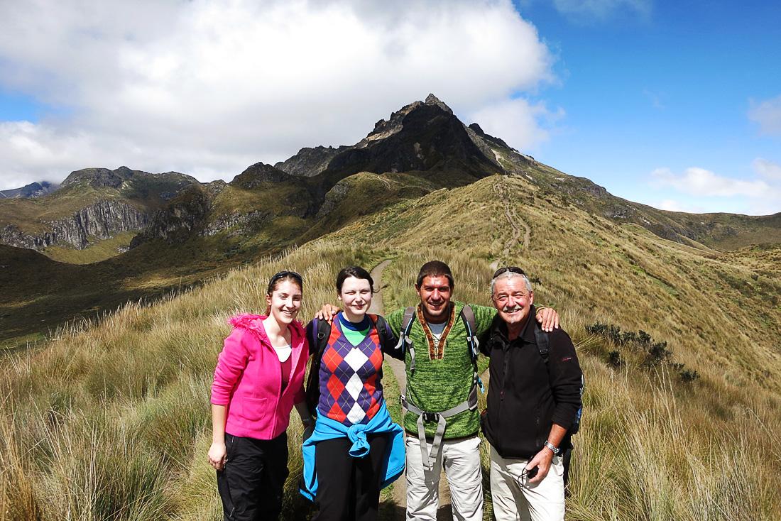 skupina planincev pod vulkanom Pichincha