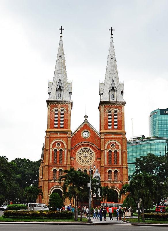 Katedrala Notre Dame v Saigonu