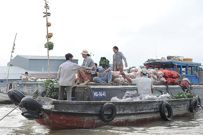 delta reke Mekong, plavajoča tržnica Cai Rang
