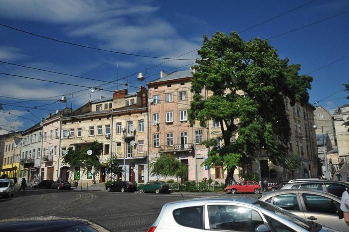 starinske stavbe v Lvovu