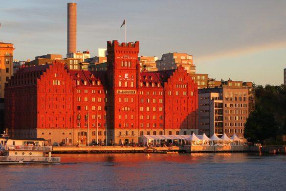 Rdeča stavba v Stockholmu