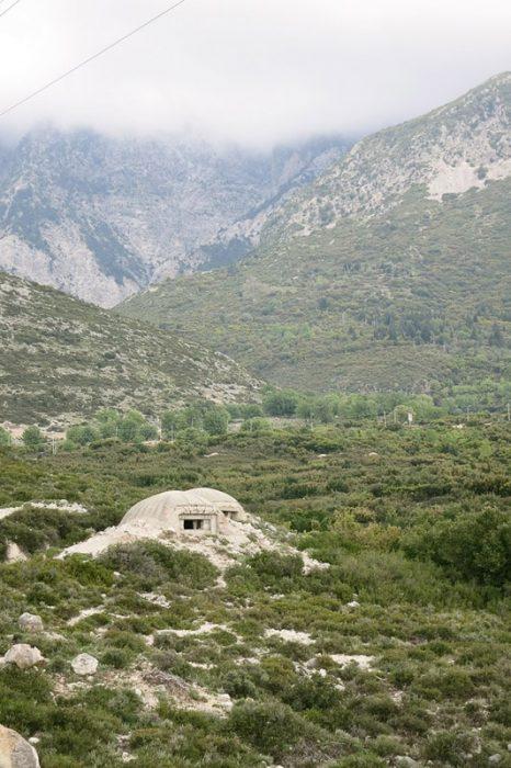 bunker v albanskih gorah