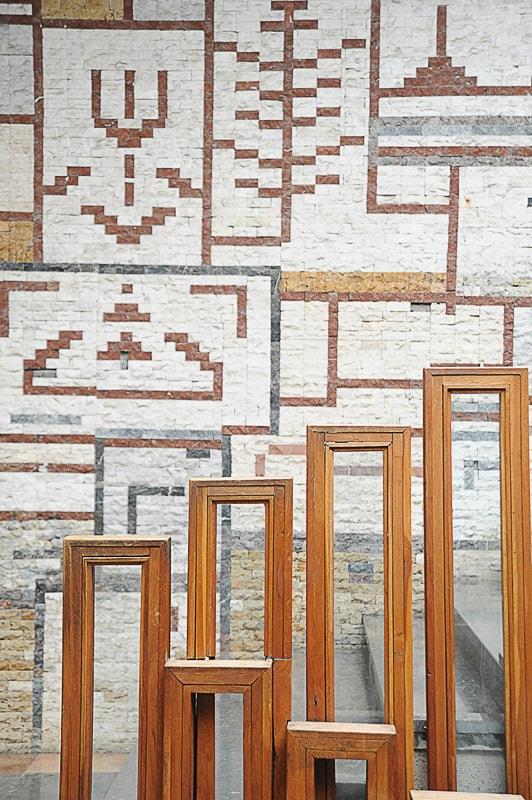 mozaik na stopnišču