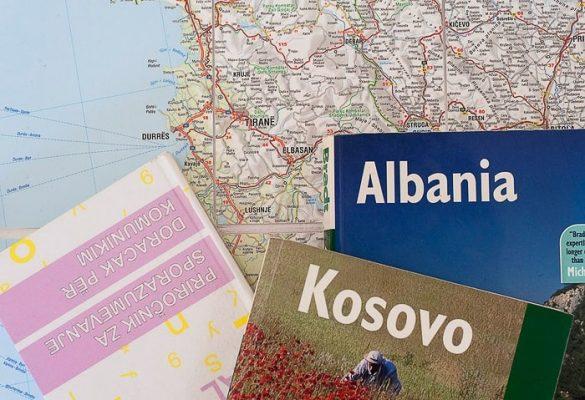 turistični vodnik za Albanijo in Kosovo na zemljevidu Evrope