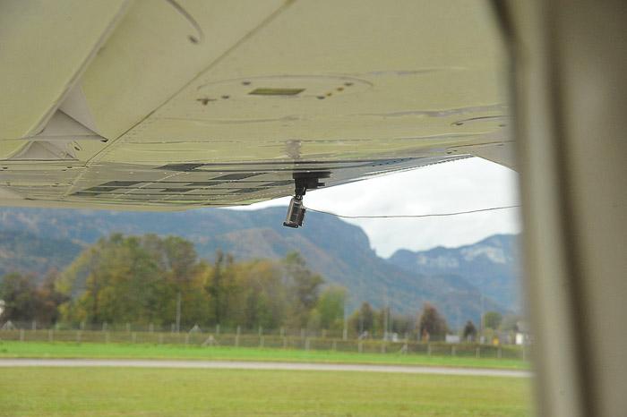 gopro kamera na krilu letala
