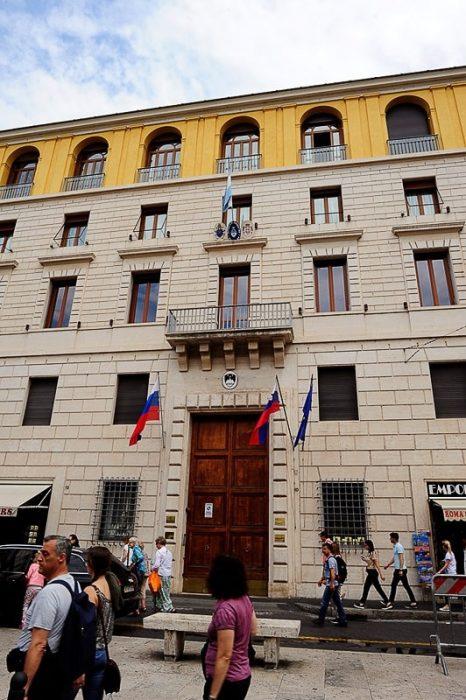 slovenska ambasada v vatikanu