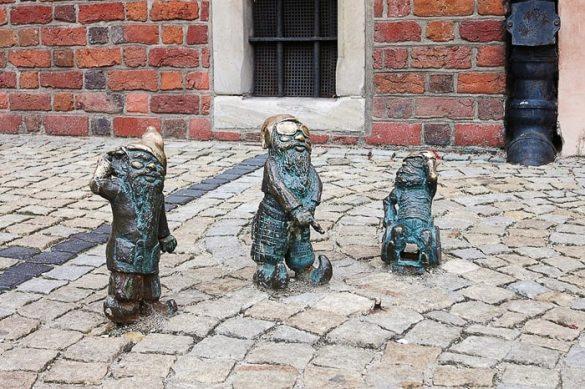 skulptura palčkov v Wrocławu