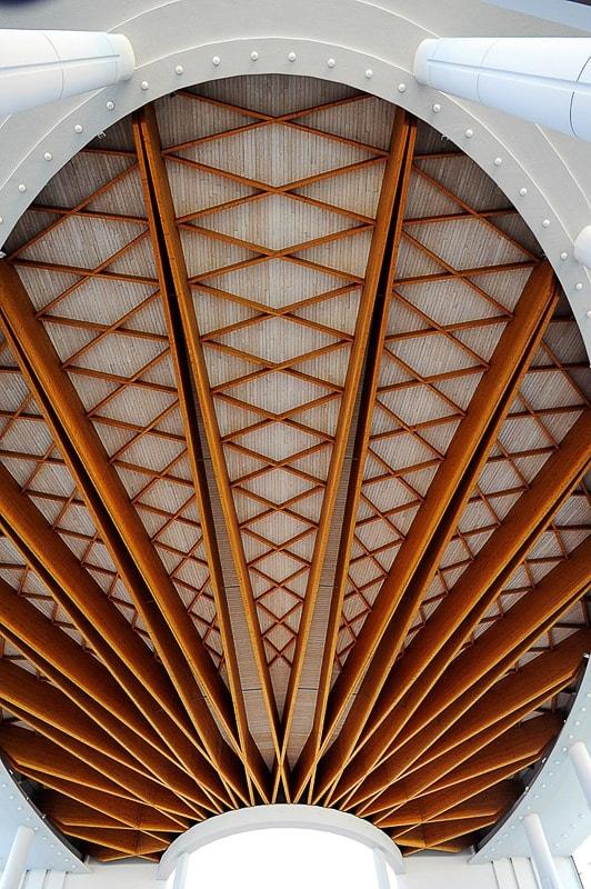 lesen strop v cerkvi božjega usmiljenja