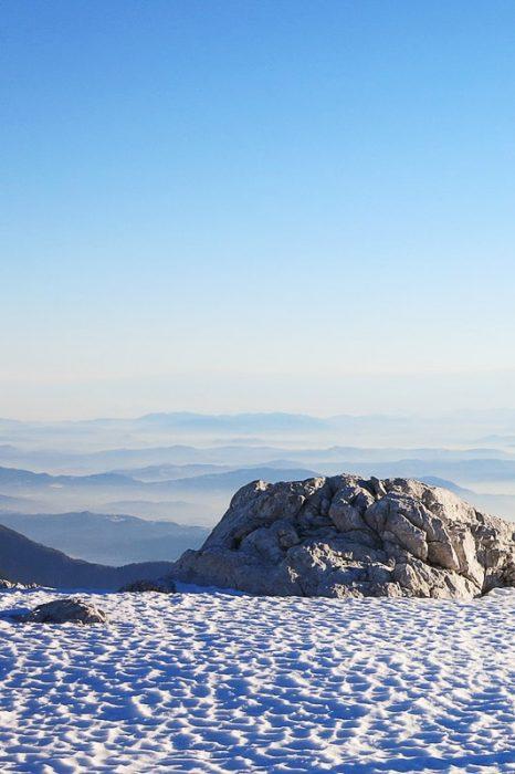 sneg v gorah