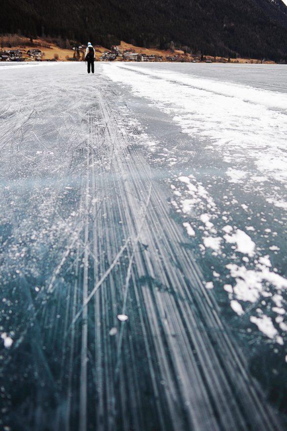 zglajen led na jezero weissensee