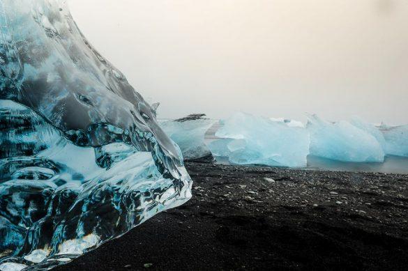 ogromen kos ledu, jokulsarlon, islandija