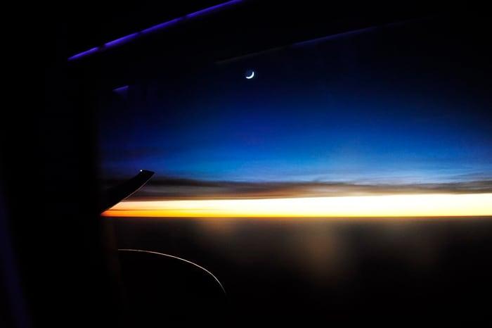 sončni vzhod z letala
