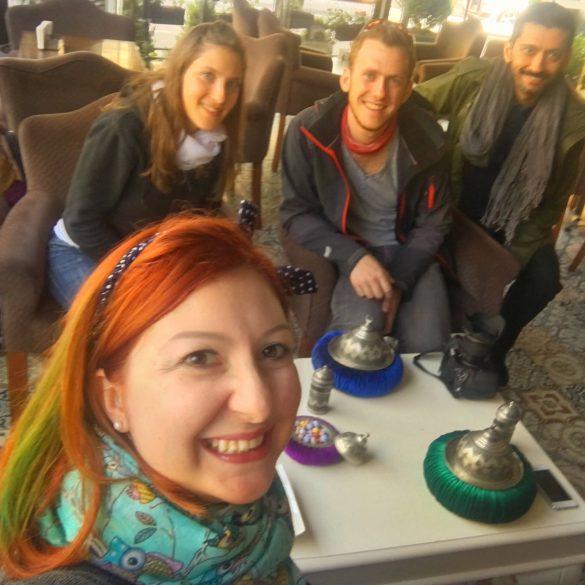 skupinski selfie v Istanbulu