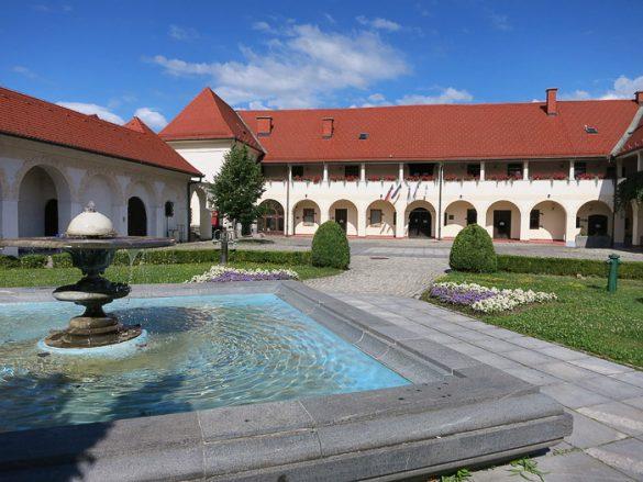 star dvorec v Slovenj Gradcu