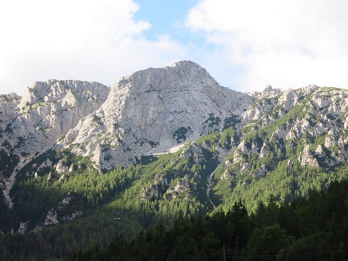 gora Peca, obris Kralja Matjaža