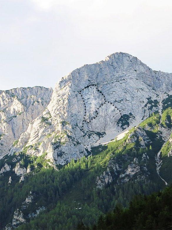 poudarjen obris Kralja Matjaža v skali