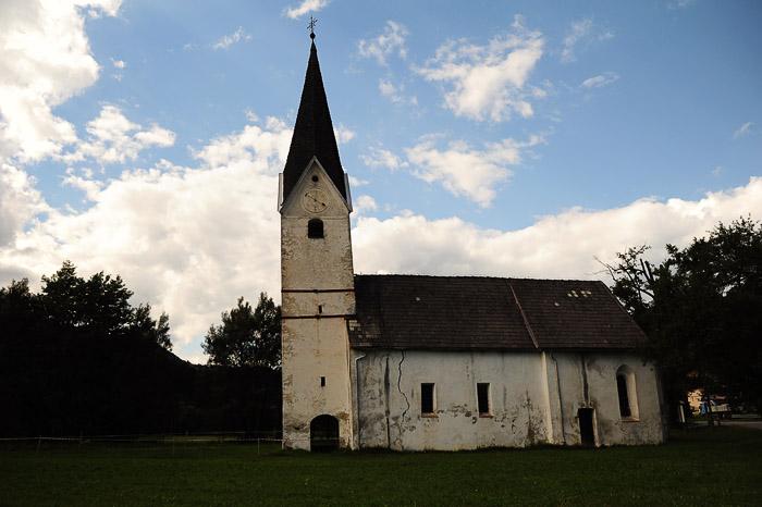 cerkev sv. urbana, Kotlje