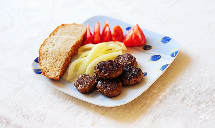 turške mesne kroglice - kofte