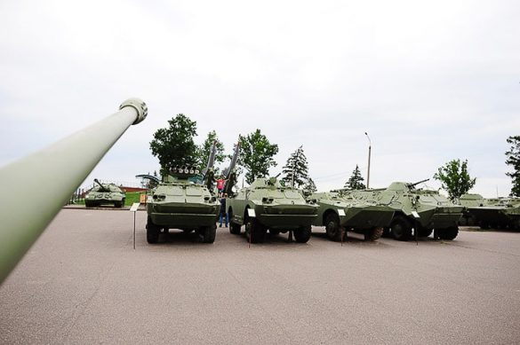Razstava tankov, Stalinova linija