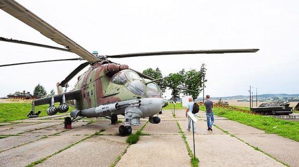 vojaški helikopter iz časa Sovjetske zveze