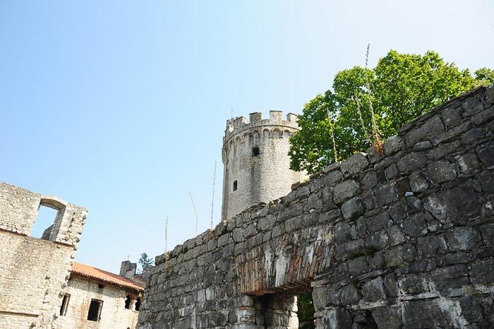 grajski stolp, grad rihemberk