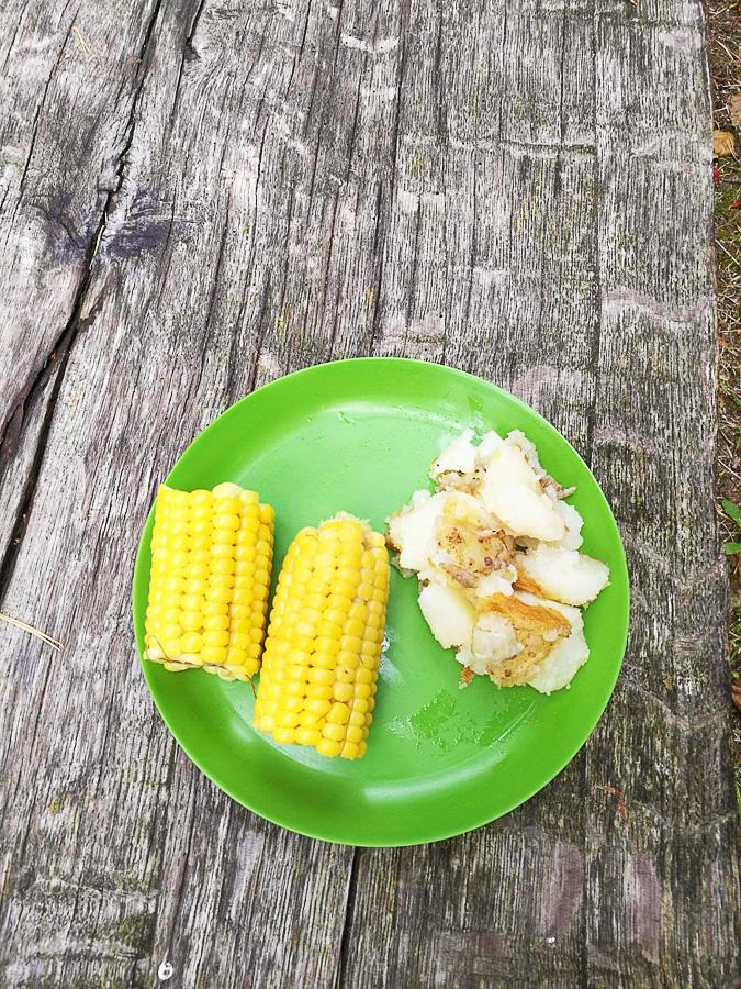 Koruza in krompir iz Belorusije, veganska hrana