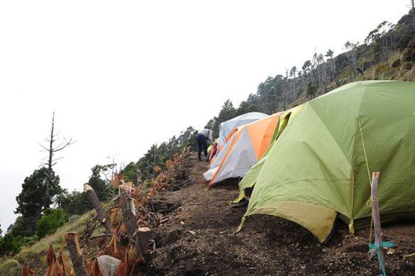 bazni tabor pod vulkanom Acatenango