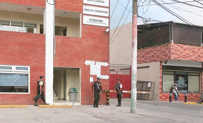 salvador varnost: prisotnost oboroženih varnostnikov