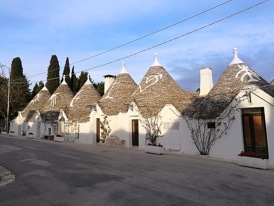 tipična ulica v Alberobello