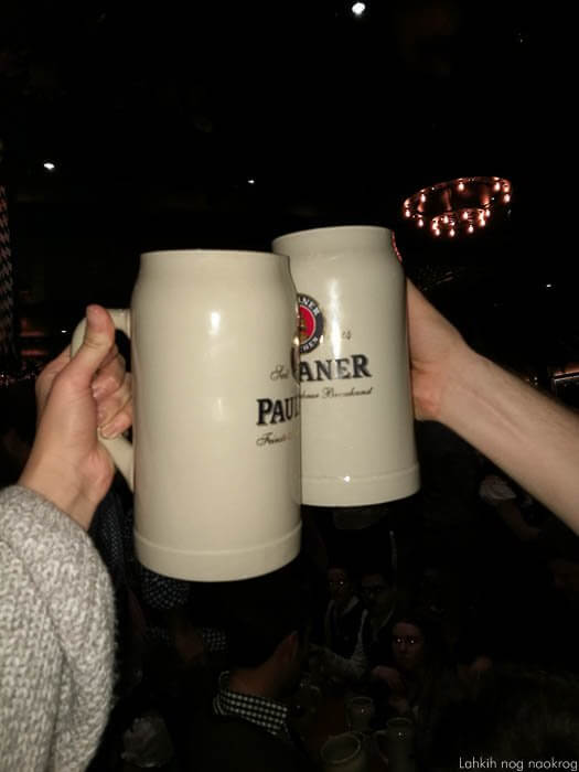 Paulaner pivo v kriglih