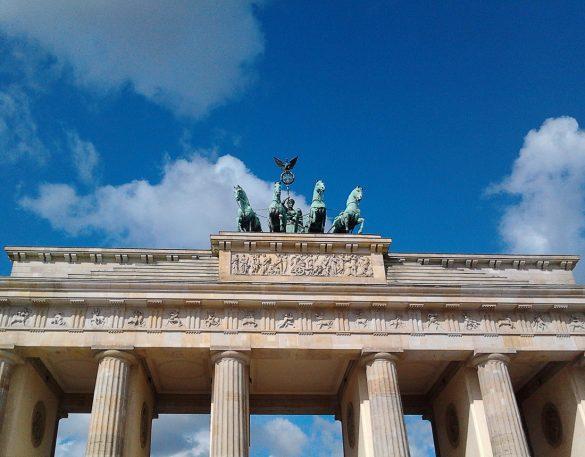 mestnik vodnik berlin, brandenburška vrata