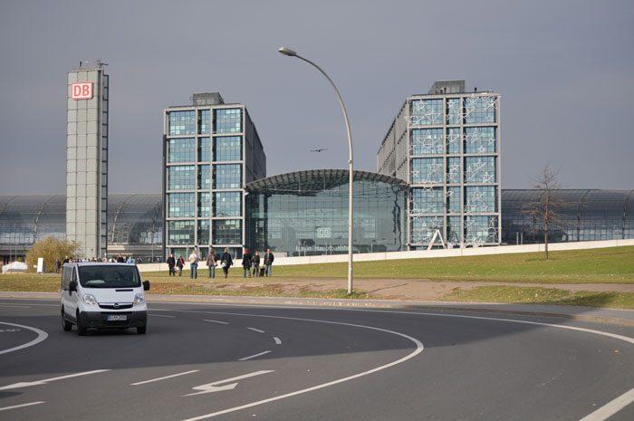 hbf berlin, glavna železniška postaja Belrin
