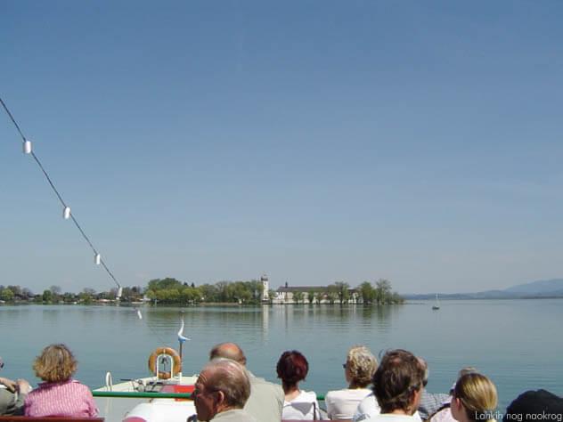 ljudje na čolnu, jezero Chiemsee