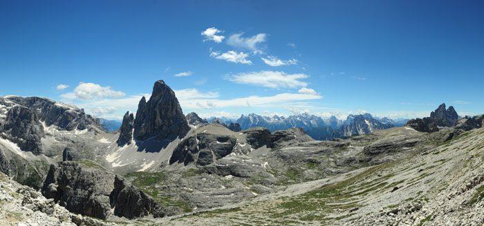 razgled z Oberbachernspitze na Dolomite, Tofana, Tre Cime in Zwölferkofel