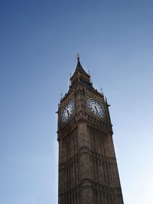 Zvonik Big Ben je glavna znamenitost Londona