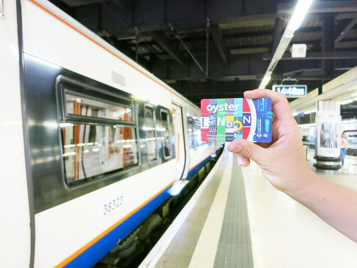 visitor oyster card je uporabna tudi na podzemni železnici (tube) v Londonu
