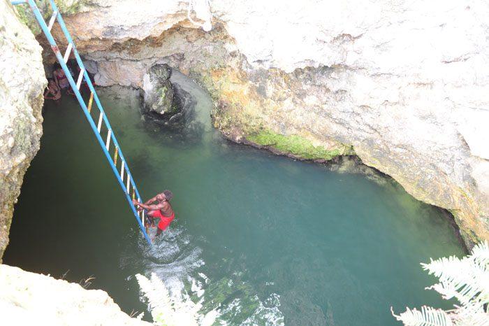 Luknja Blue Hole Mineral Spring