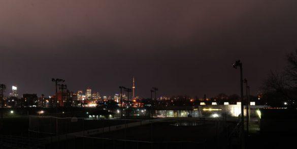 nočni pogled na toronto