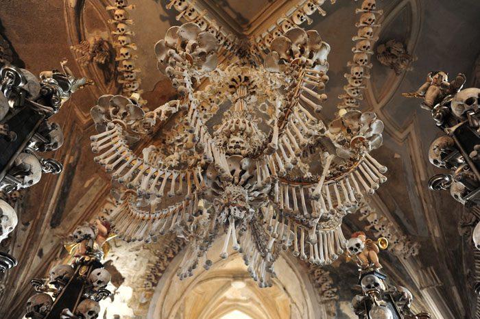 lestenec iz človeških kosti, kostnica sedlec