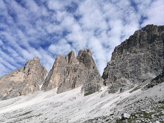 Pogled na Tre Cime v Dolomitih