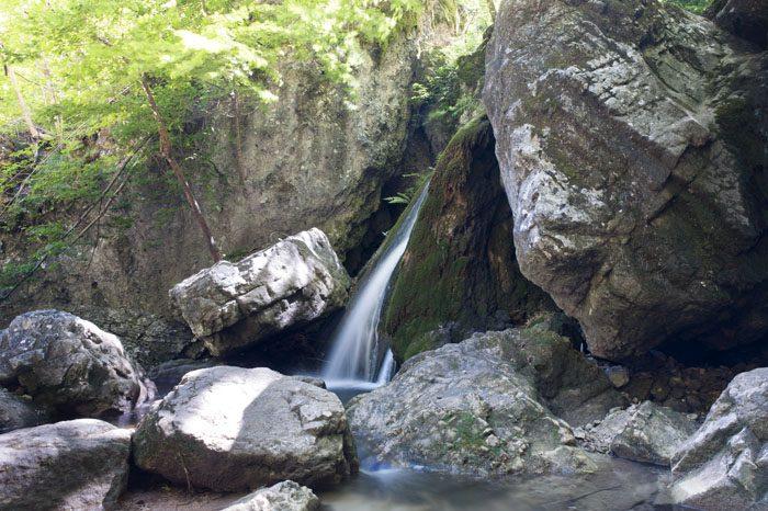 manjši slap v Peklu pri Borovnici