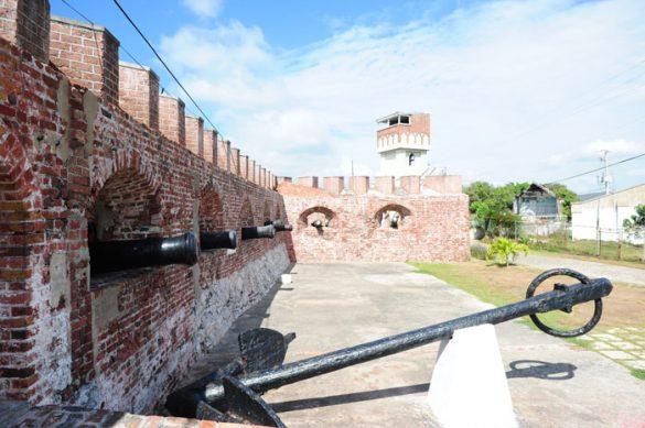 utrdba in srednjeveški topovi