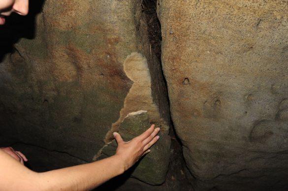 odlomljen kos skale