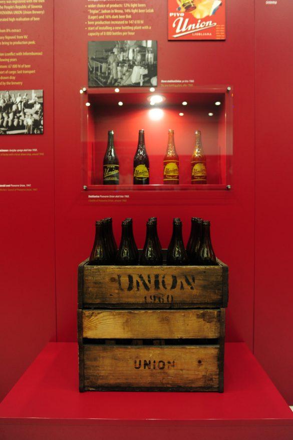 lesen zaboj in steklenice Union
